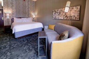 Room - Courtyard by Marriott Hotel Wausau