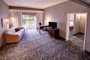 Suite - Courtyard by Marriott Hotel Wausau