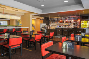 Restaurant - Courtyard by Marriott Hotel Flint