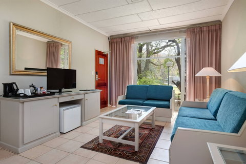 Family Guest Room - Garden View