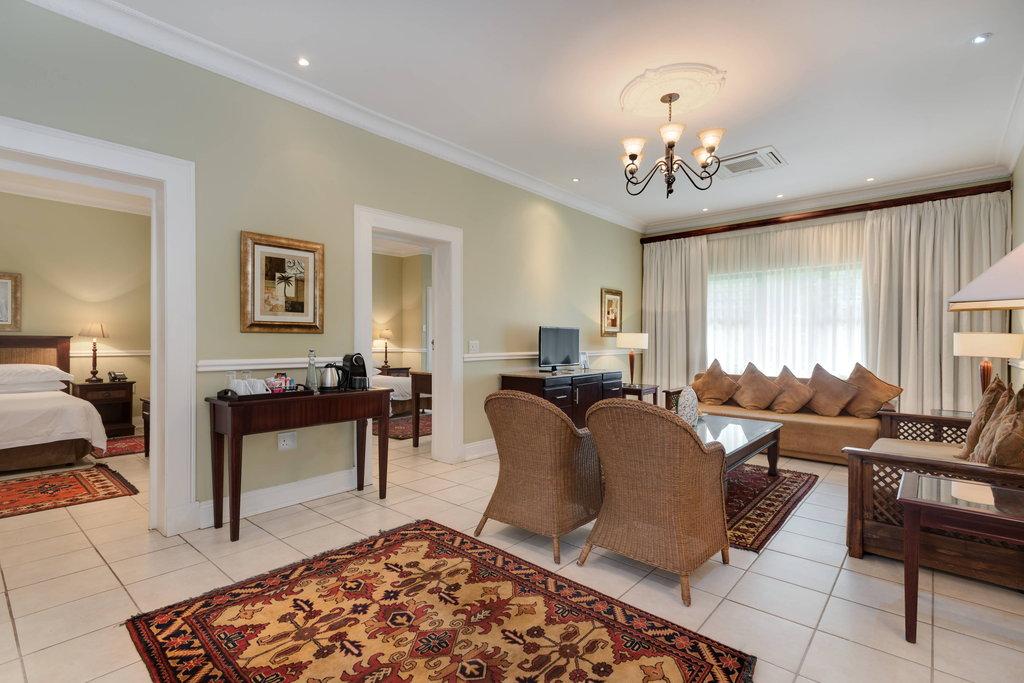Luxury Suite - Lounge