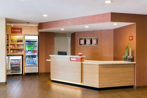 Lobby - TownePlace Suites by Marriott Sherwood Park