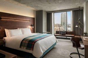 Room - Douglas Hotel Parq Vancouver