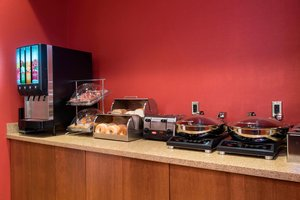 Restaurant - TownePlace Suites by Marriott Champaign