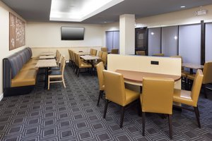 Restaurant - TownePlace Suites by Marriott Fort Jackson Columbia