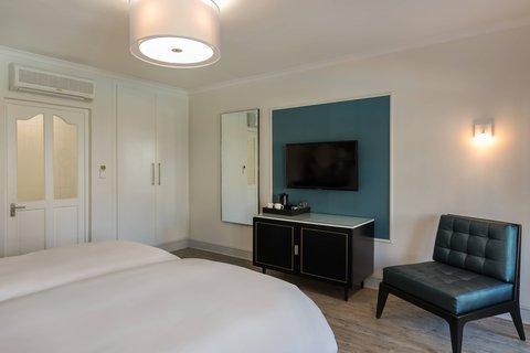 Deluxe Twin/Twin Guest Room - Bedroom