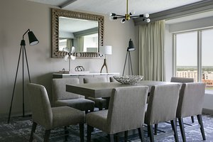 Suite - Marriott Hotel Las Colinas Irving