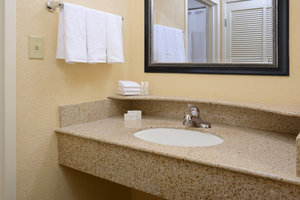Room - Courtyard by Marriott Hotel Las Colinas Irving
