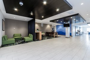 Lobby - Holiday Inn Express Hotel & Suites South Bend