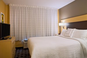 Suite - TownePlace Suites by Marriott Dodge City
