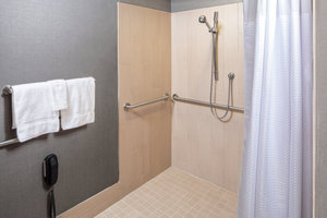 Room - Courtyard by Marriott Hotel Medical Center Houston