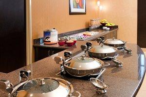 Restaurant - Residence Inn by Marriott Hughes Center Las Vegas
