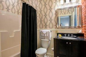 Room - Fairfield Inn & Suites by Marriott Downtown Keene