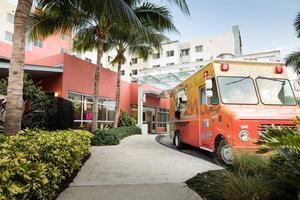 Restaurant - Residence Inn by Marriott Airport South Miami