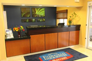 Lobby - Fairfield Inn by Marriott Burnsville