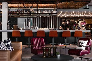 Restaurant - Moxy Hotel by Marriott Tempe