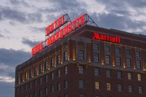 Exterior view - Marriott Pere Marquette Hotel Peoria