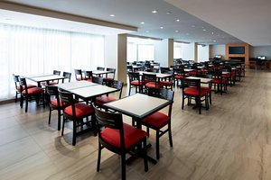 Restaurant - Residence Inn by Marriott Downtown Montreal