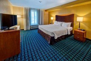 Suite - Fairfield Inn & Suites by Marriott Olive Branch