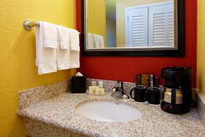 Room - Courtyard by Marriott Hotel Bettendorf