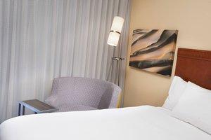 Suite - Courtyard by Marriott Hotel Mendota Heights