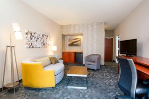 Suite - Courtyard by Marriott Hotel Rochester