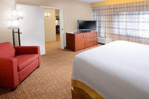 Suite - Courtyard by Marriott Hotel Medical Center San Antonio