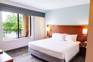 Suite - Courtyard by Marriott Hotel New Braunfels