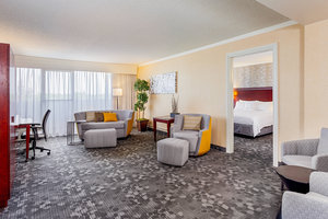 Suite - Courtyard by Marriott Hotel Fairfield