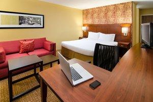 Room - Courtyard by Marriott Hotel Spartanburg