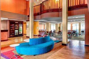 Lobby - Fairfield Inn & Suites by Marriott Oxford
