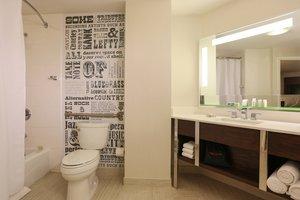 Room - Renaissance by Marriott Nashville Hotel