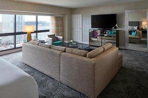 Suite - Renaissance by Marriott Nashville Hotel