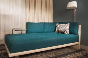 Room - Marriott Hotel Burlington
