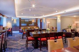 Bar - Marriott Hotel Burlington