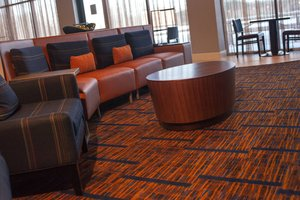 Lobby - Courtyard by Marriott Hotel Aberdeen