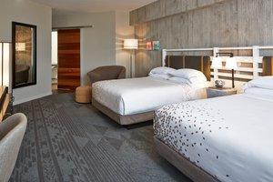 Room - Renaissance Worthington Hotel Fort Worth