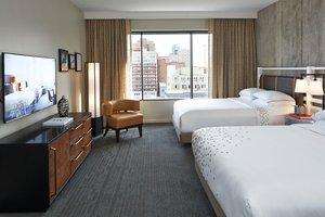 Suite - Renaissance Worthington Hotel Fort Worth