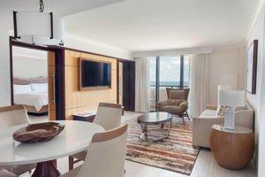 Suite - Marriott Harbor Beach Resort Fort Lauderdale