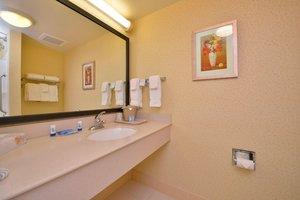 Room - Fairfield Inn & Suites by Marriott Williamsport