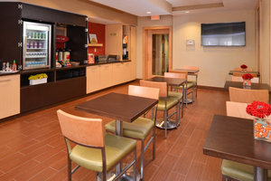 Restaurant - TownePlace Suites by Marriott Miami Lakes
