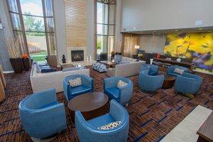 Lobby - Courtyard by Marriott Hotel Raynham