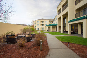 Exterior view - Courtyard by Marriott Hotel Raynham