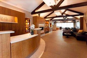 Lobby - Courtyard by Marriott Hotel East Rochester