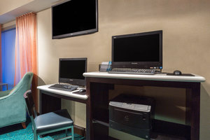 Conference Area - SpringHill Suites by Marriott Louisville