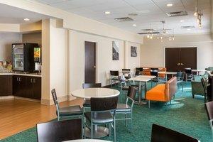 Restaurant - SpringHill Suites by Marriott Louisville
