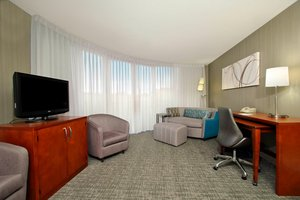Suite - Courtyard by Marriott Hotel Downtown Oakland