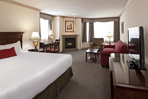 Suite - Delta Hotel by Marriott Banff Royal Canadian Lodge