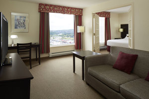Suite - Delta Hotel by Marriott Sherbrooke Conference Centre