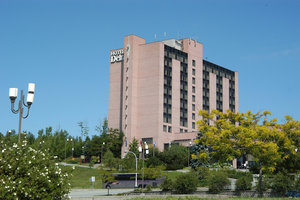Exterior view - Delta Hotel by Marriott Sherbrooke Conference Centre